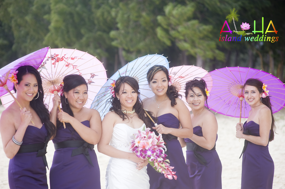 the bridemaids with grace on her wedding day on Oahu