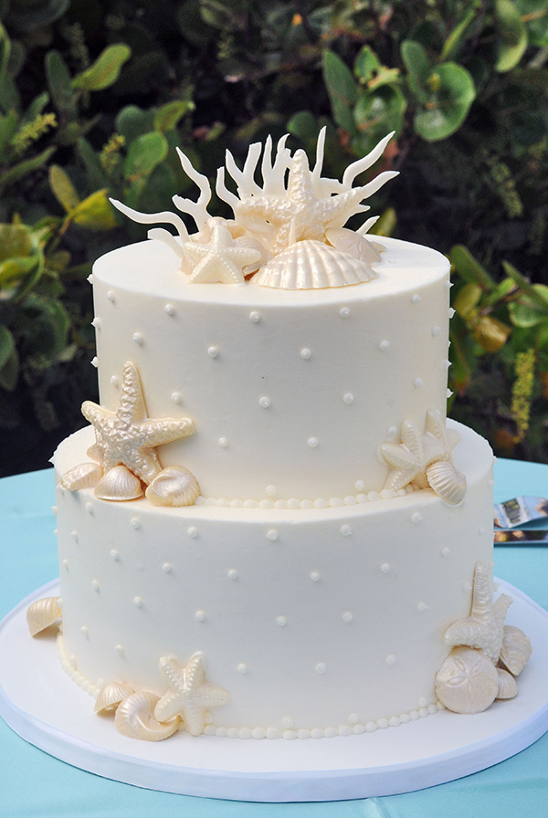 star fish white butter cream Hawaiia wedidng cake