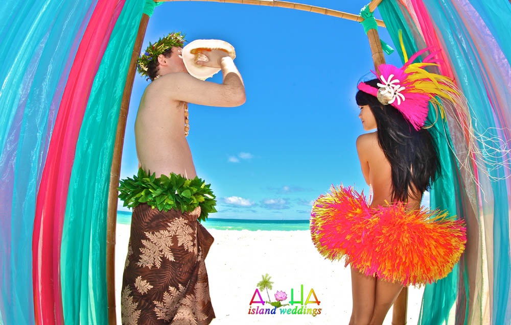 tahitian theme wedding groom blows conch shell